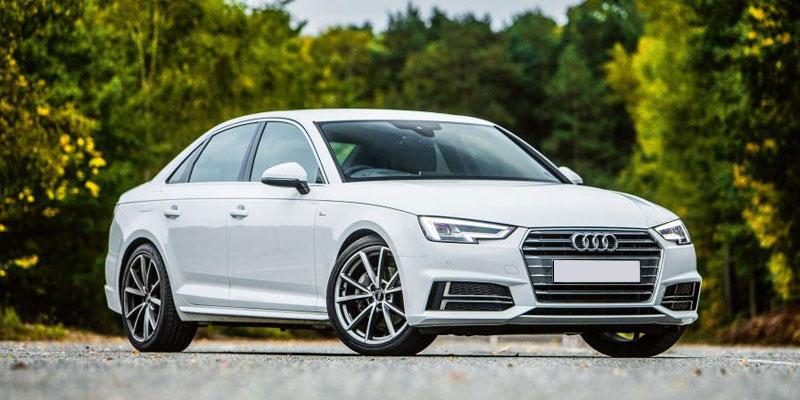 Audi A4 (4+1Driver)