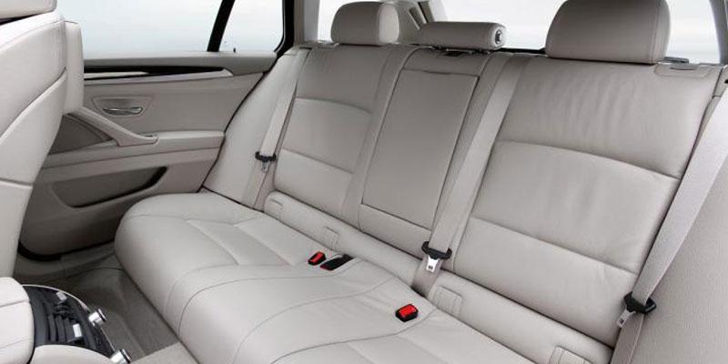 BMW 5 Series (4+1Driver)