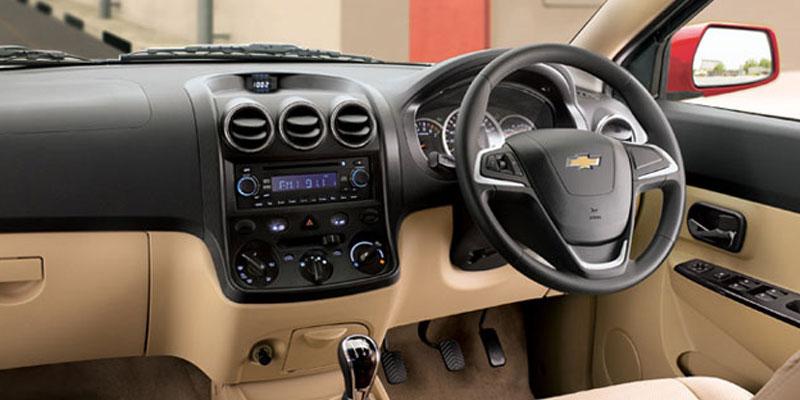 Hire Chevrolet Enjoy Car